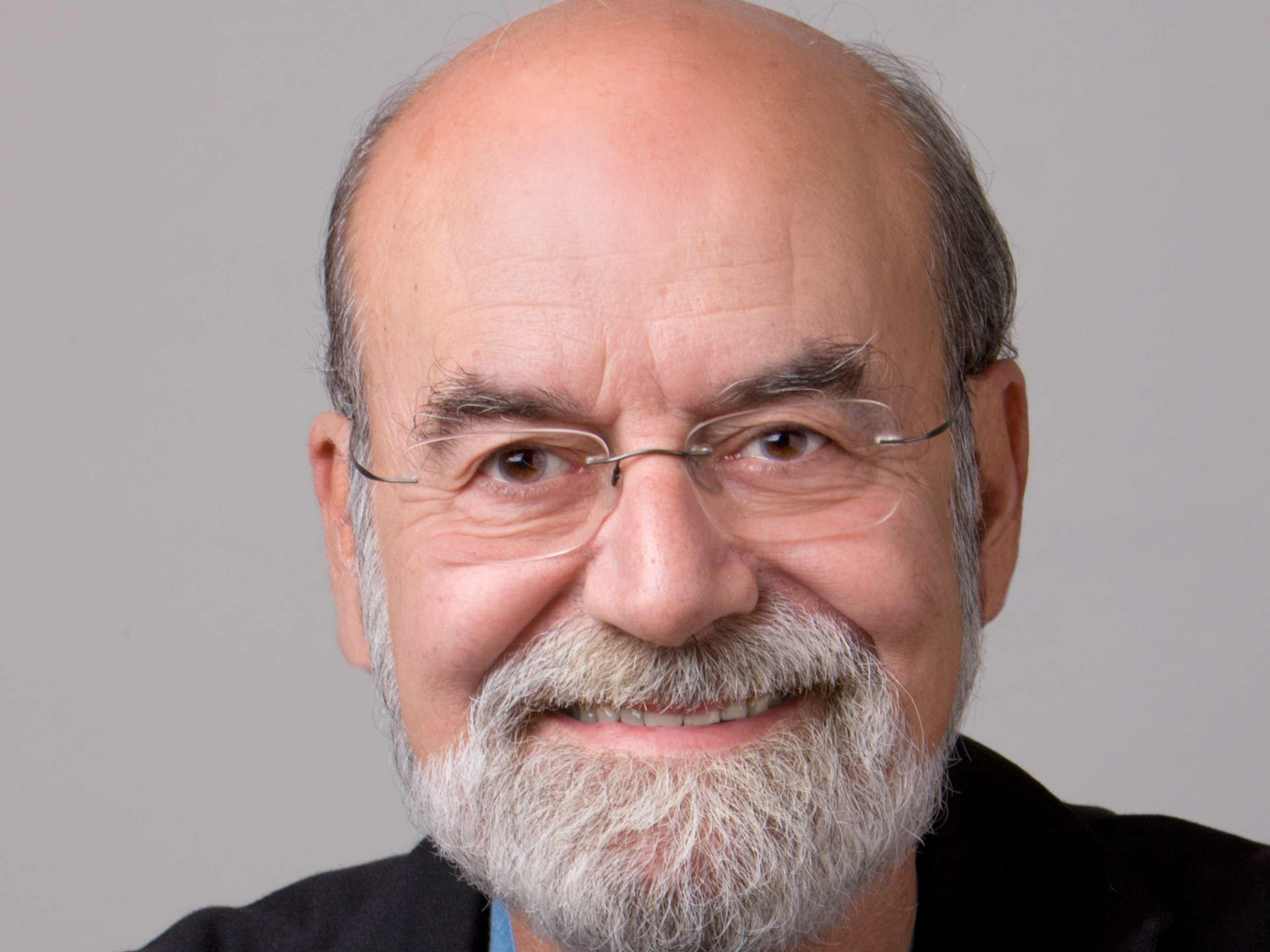 Dr. Emilio Ros