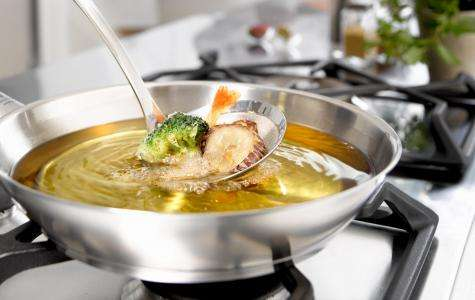 Freír con aceite de oliva es saludable