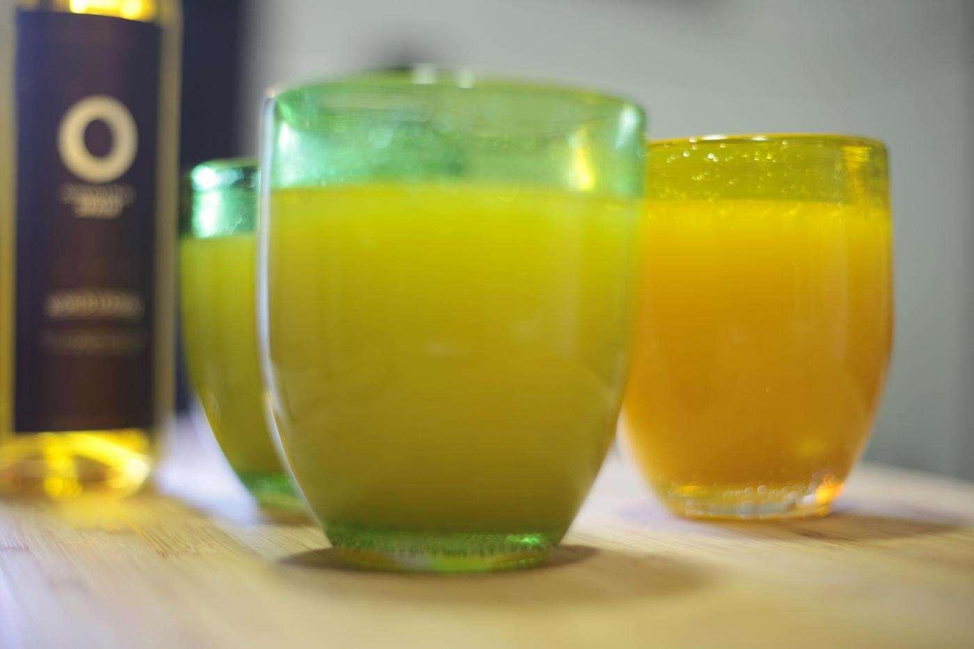 Zumo con aceite de oliva
