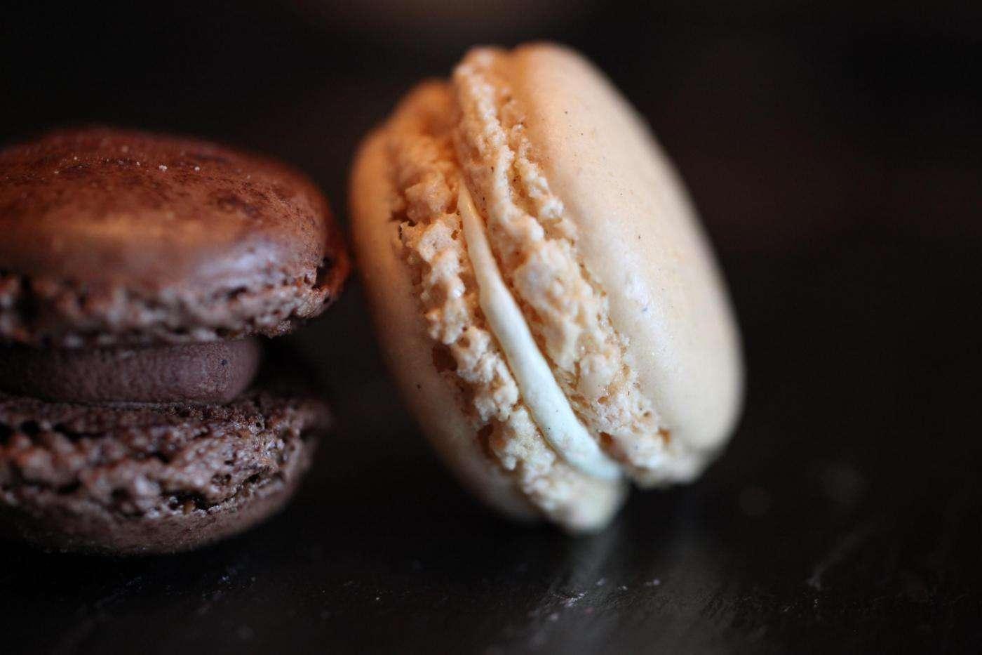 Macarons con chocolate y aceite de oliva