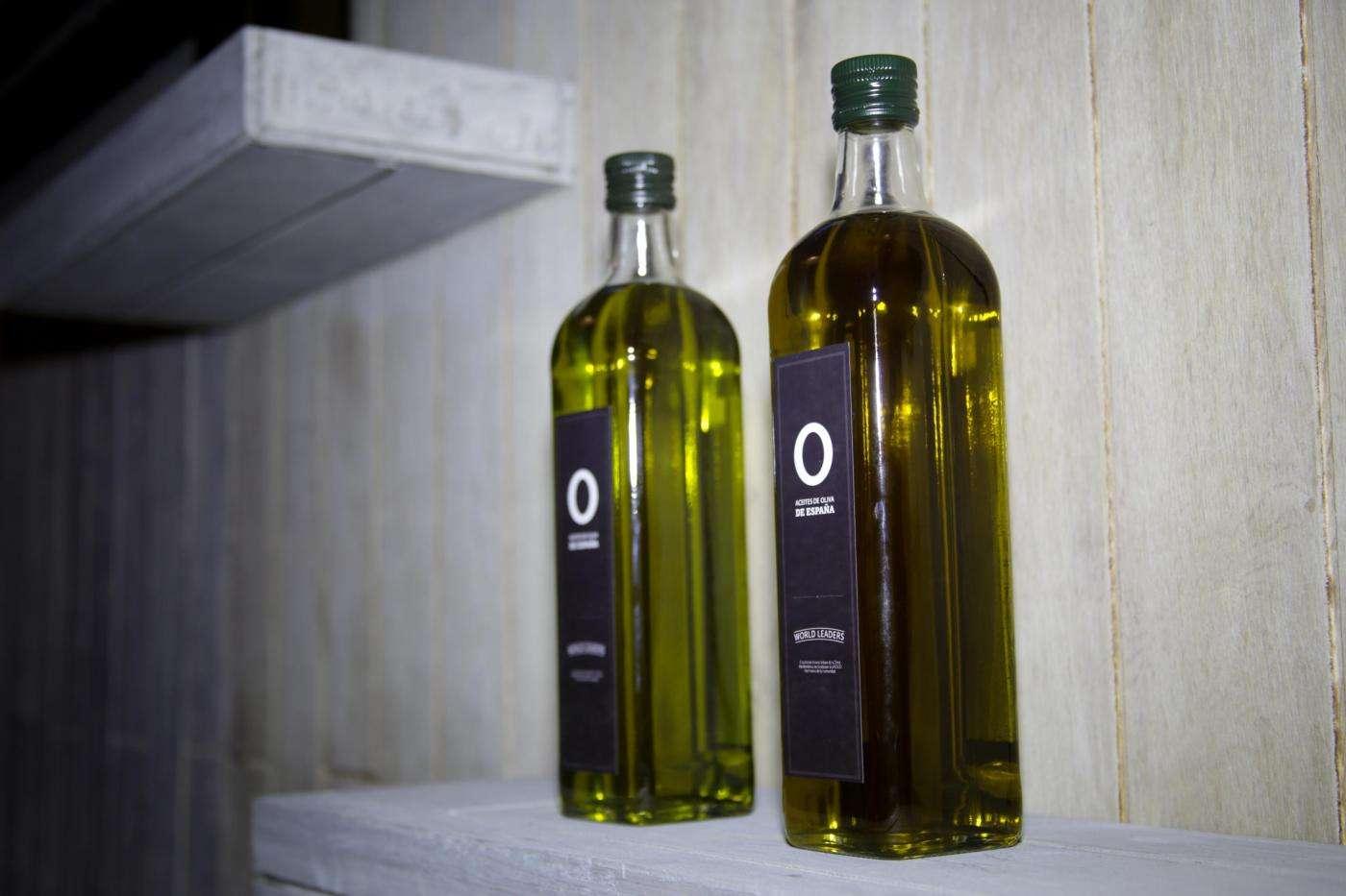 Botellas de Aceites de Oliva de España