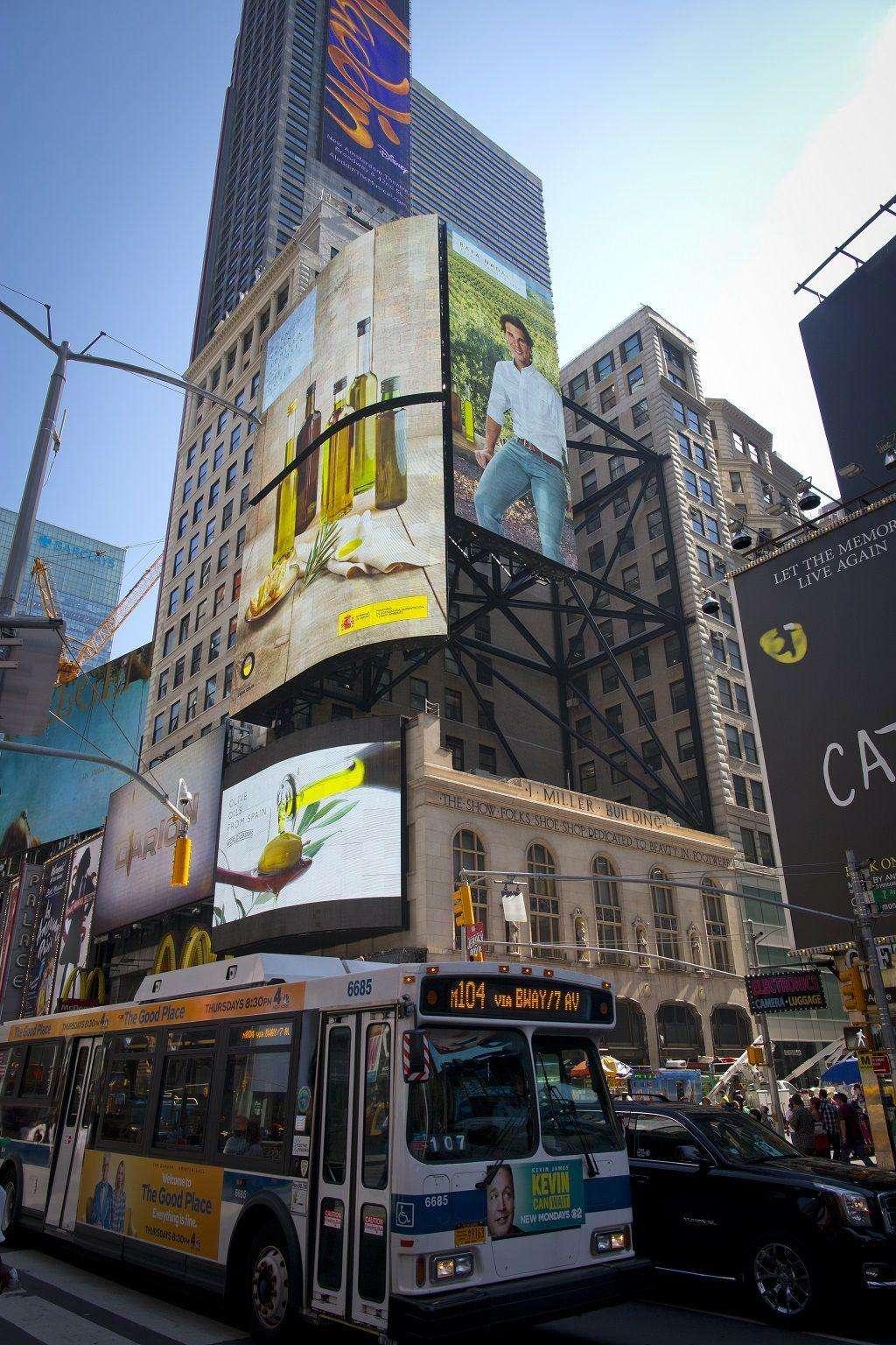 Campaña de Aceites de Oliva de España en Times Square USA