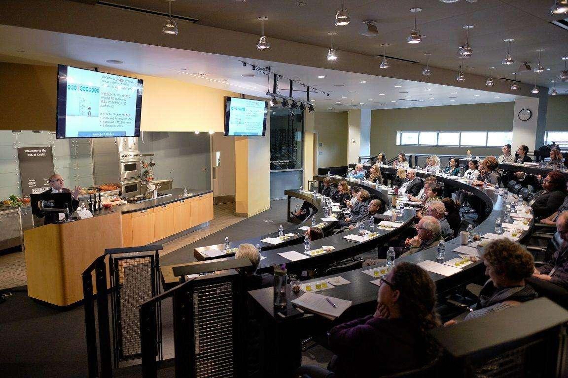 La Conferencia Healthy Kitchens, Healthy Lives ha puesto su foco en el efecto cardioprotector de la Dieta Mediterránea