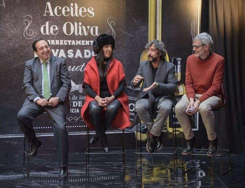 Rossy de Palma, Diego Guerrero y Mikel López Iturriaga en Campaña Peeerdona