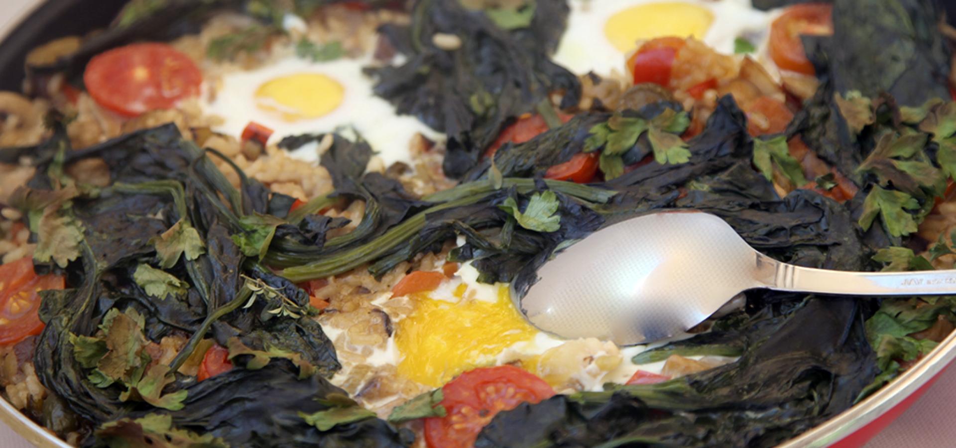 arroz con verduras setas y huevo