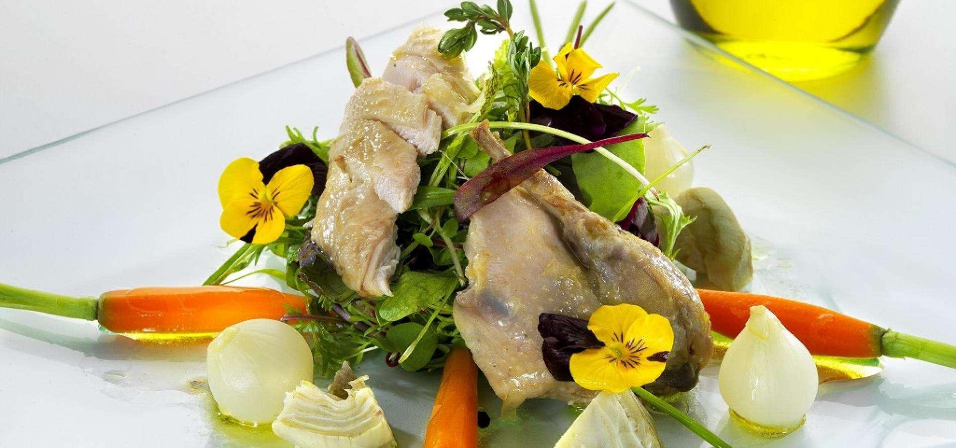 Rece de ensalada de codornices en escabeche y verduritas