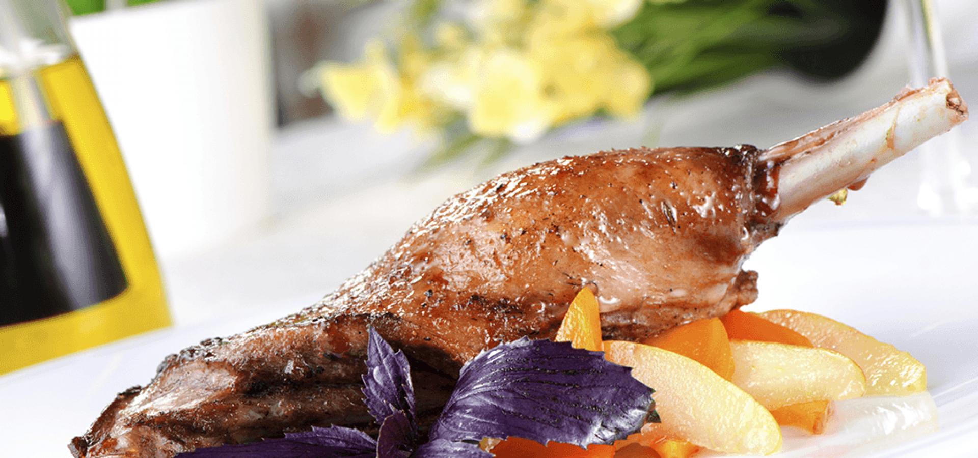 Pollo confitado en aceites de oliva perdona