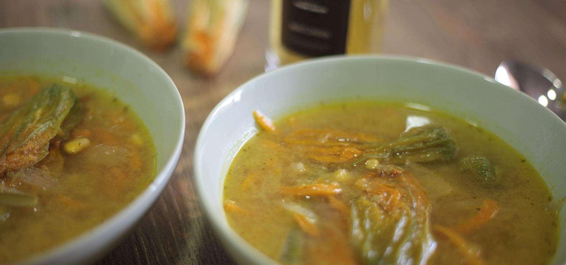 Receta de sopa de flor de calabaza