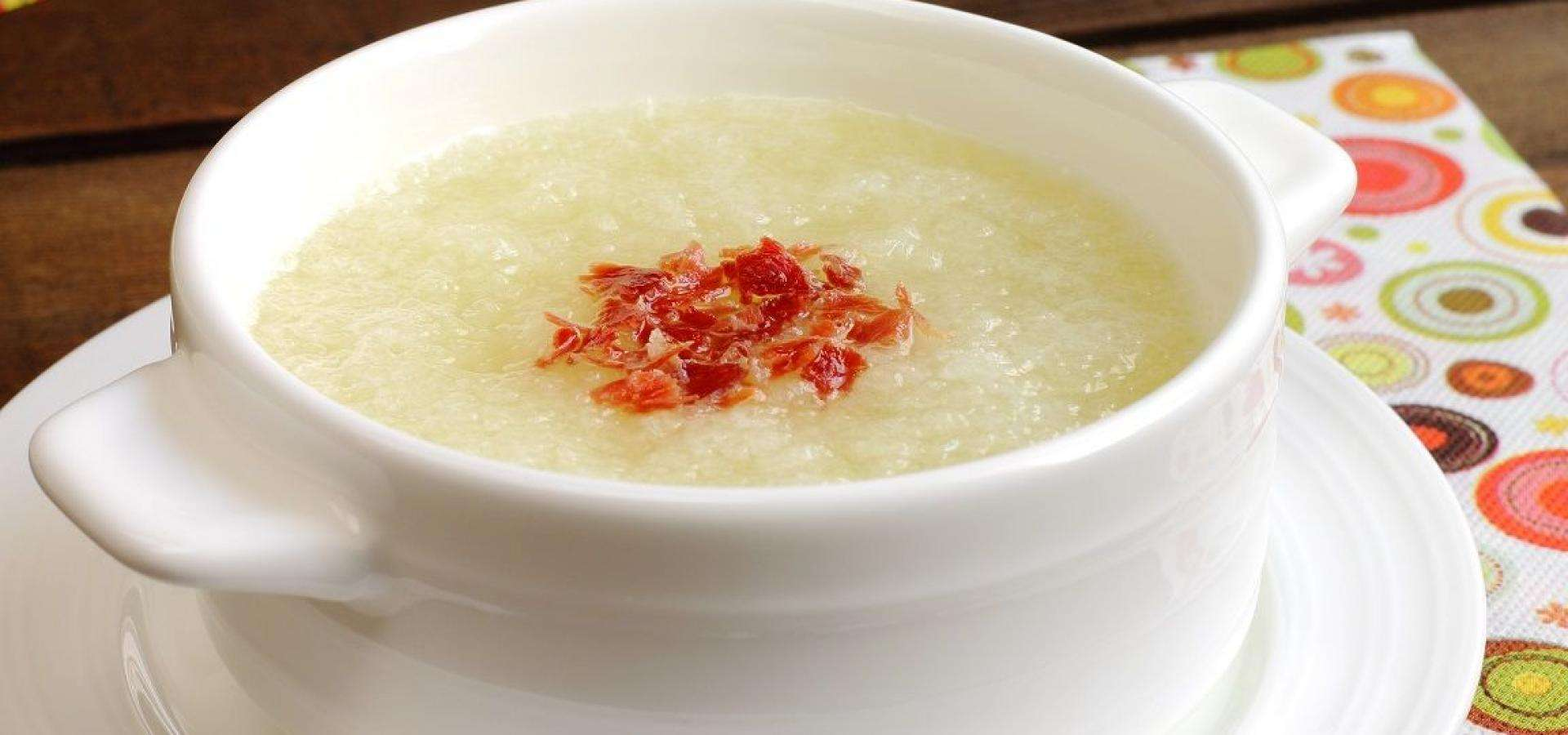 Receta de sopa de melón con crujiente de jamón