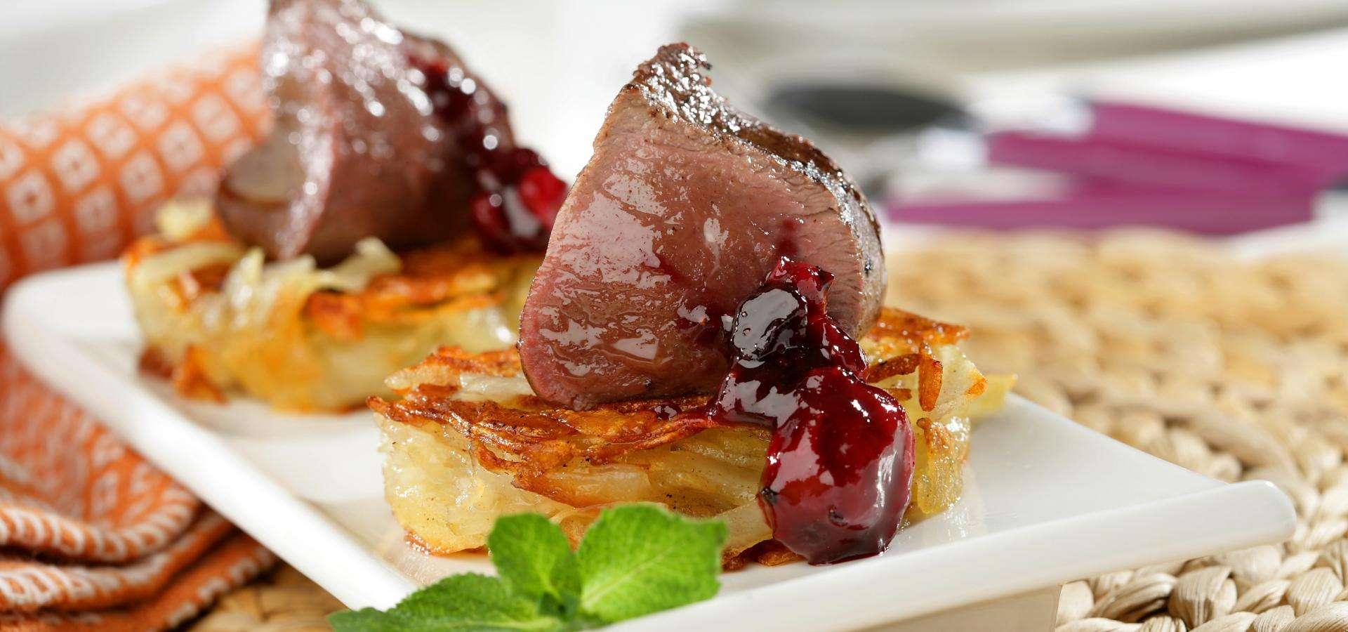 Solomillo de ternera asada sobre 'rosti' de patata