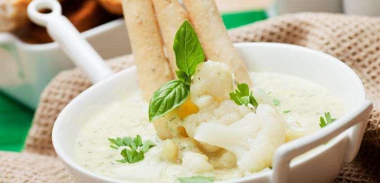 Sopa de coliflor con sabor a zacatecas
