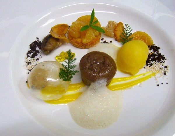Tortitas de castaña con sorbete de mandarina