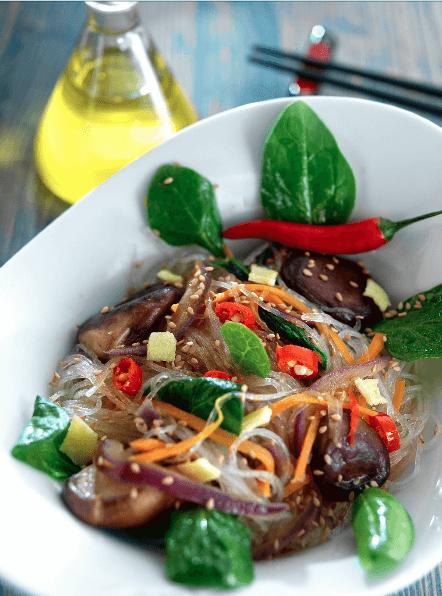 Fideos chinos salteados con verduras al wok