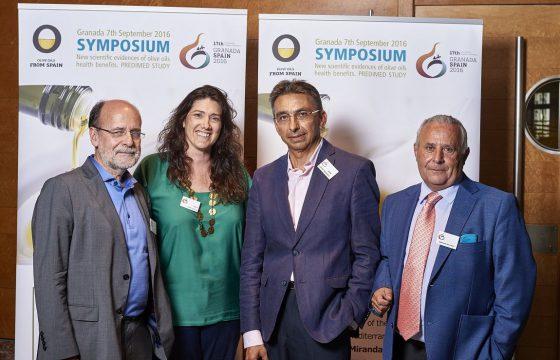 Aceites de Oliva de España difunde las virtudes saludables del nuestro oro líquido en el Congreso Internacional de Dietética