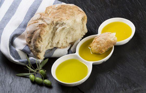 A cada Pan, su Aceite de Oliva Virgen Extra