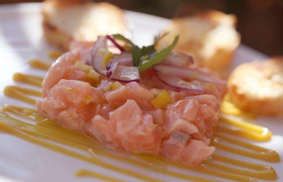Tartar de salmón de Marc Murphy