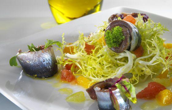 Ensalada de sardinas marinadas a los cítricos