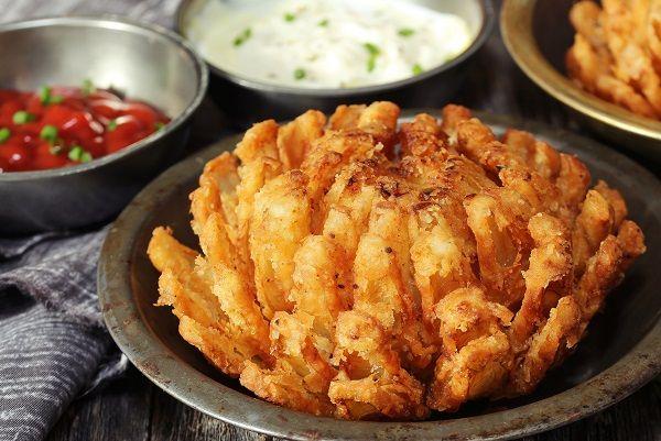 Flor de cebolla frita