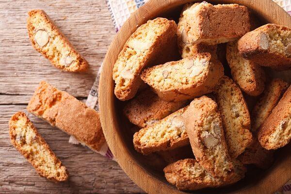 Las galletitas de almendra son un acompañamiento perfecto para el café o té