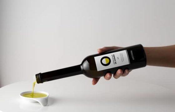 El sector del aceite de oliva alerta al Gobierno de España que el NutriScore minusvalora los beneficios saludables del consumo de aceites de oliva