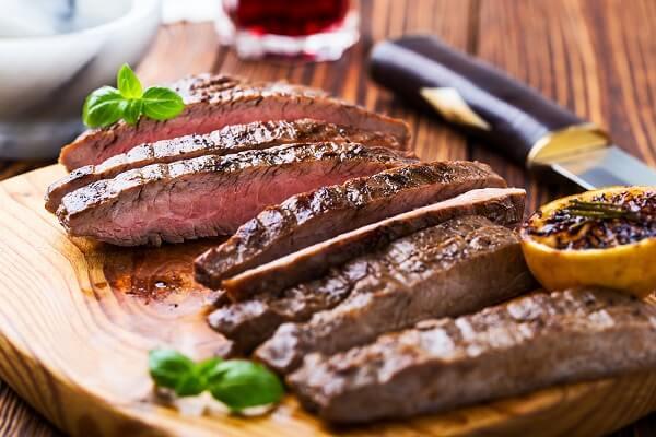 Una sabrosa marinada es la clave para una sabrosa carne asada